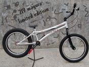 MONTY 219 MAGURA BLACK COLOR  2008 (LIMITED SERIES) - OUT OF MARKET